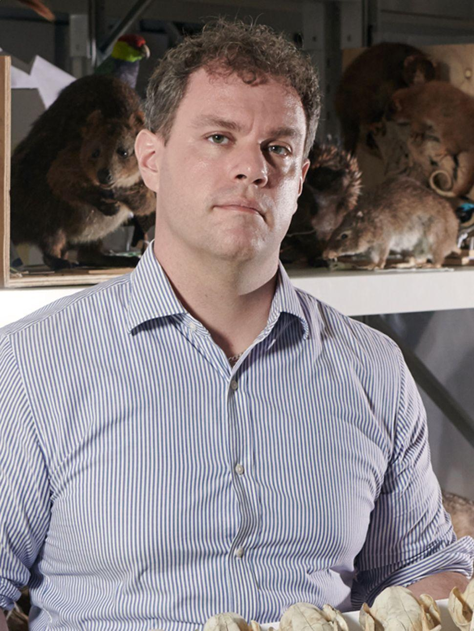 Dr Kenny Travouillon